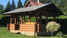Roubené zahradní domky, pergoly a další stavby